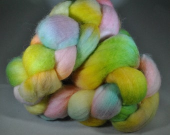 "Hand Dyed Polwarth ""Candy Shop Rap"" 4 oz Roving"