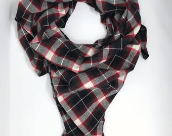 Red blanket scarf. Women's plaid scarf. Plaid blanket scarf. Blanket tartan scarf. Oversized scarf. Plaid shawl. Christmas gift for women.