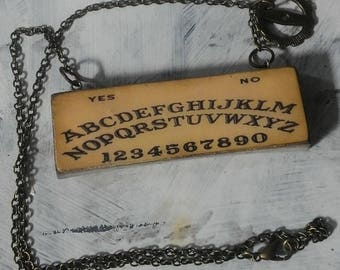 Bead chain necklace, necklace, concrete, short necklace, charm ouija