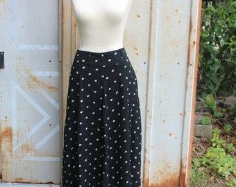 Vintage Black and White High Waisted Floral Skirt -S