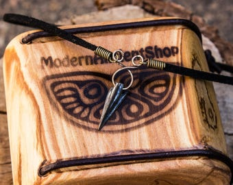 Choker Ancient Arrow Upcycled pendant Weapons Pagan Arrowhead Talisman Jewelry Necklace Scythian amulet Bronze patina Gift for Her