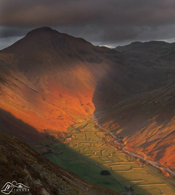 Great Gable above Wasdale [Photographic Print]