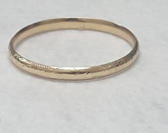 14k Yellow Gold Hinged Bangel Bracelet 7 inches