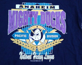 Vintage 1994 Anaheim Mighty Ducks t-shirt Made in Canada by Gildan XL