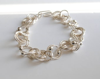 Jewellery gift for her, gift idea for him, chainmaille bracelet, silver chainmaille, women wire bracelet,  men metal bracelet