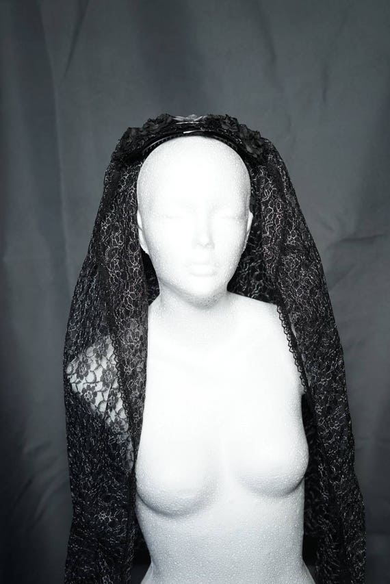 Black silver wedding veil with roses / black silver wedding veil with roses