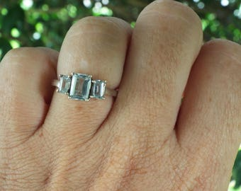 Aquamarine Ring Size 7, 1970's 2ct GENUINE NATURAL Aquamarine EMERALD Cut Gorgeous Engagement Or Right Hand Vintage Sterling Trilogy