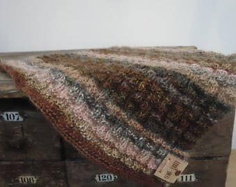 Durable square: 100% hygge wavy pattern