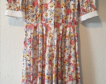 1980s Jaeger dress•vintage dress•floral dress•multicoloured dress•peter pan collar•cotton dress•long dress•summer dress•UK 8/10•US 6/8