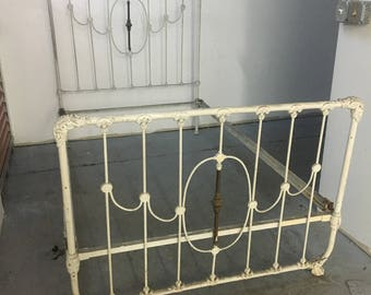 vintage wrought iron bed frame with brass accent rails - Vintage Iron Bed Frames