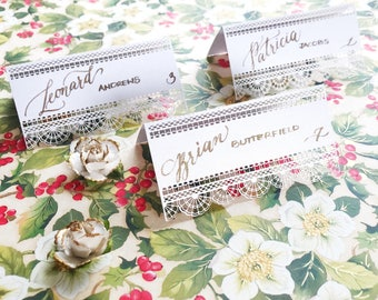 Lace laser cut place cards / Calligraphy / Custom made / Handwritten / Elegant wedding / Vintage wedding / Boho wedding / Unique