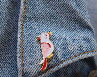 Parrot Tumblr Enamel Pin to put on jackets, hats, bags,etc.