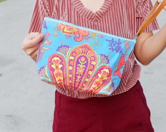 Summer Clutch Printed Fabric With Short Leather Strap