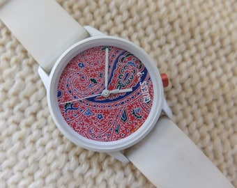 Guess 1980s paisley design watch