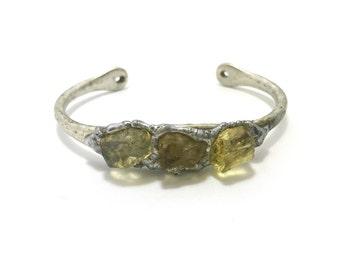 Citrine Cuff Bracelet. Handmade Raw Citrine Bracelet. Handmade Jewelry. Raw Citrine, Raw Crystal, Raw Gemstone. Yellow Crystal Bracelet.