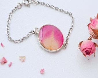 Rose bracelet Terrarium jewelry Botanical resin jewelry Resin band Flower jewelry Nature jewelry Botanical jewelry Nature bracelet