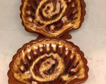 "Pair Vintage Shell Shaped Ashtrays / Trinket Dishes Marked Japan - 6"""