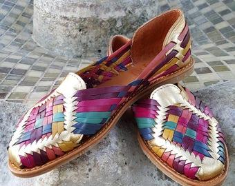Multicolor metallic Women's leather sandals. Mexican huarache sandals. Multicolor. Gold.