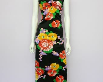 Eur 40 / US 10 / UK 12 // Vintage 70's full length black summer dress with floral print // maxi // boho