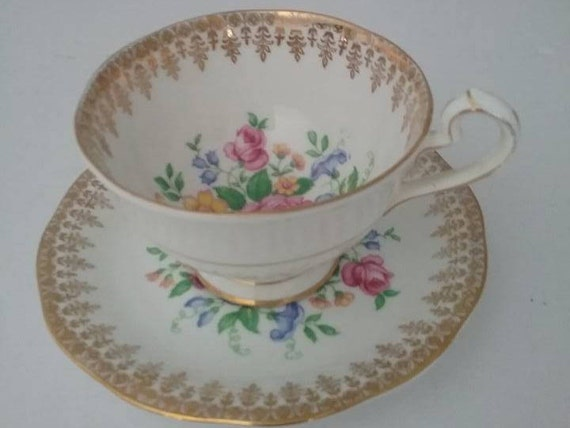 Queen Anne Floral Cup and Saucer, Vintage Queen Anne Bouquet Cup and Saucer, Floral and Gold Chintz Queen Anne Cup and Saucer, Bone China