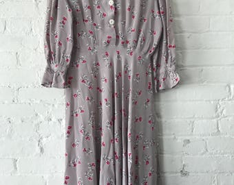 Vintage 1940s Gray Lavender Pink Bow Rayon Day dress 3/4 sleeve 40s