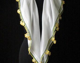 Daisy scarf, Turkish oya scarf, crocheted daisy trim scarf, white cotton scarf, cotton square scarf