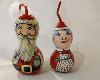 Mr and Mrs Claus Gourd Decoration