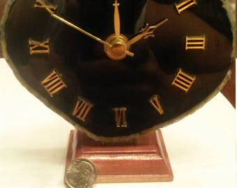 Agate clock handmade in Peru made from an Agate slice