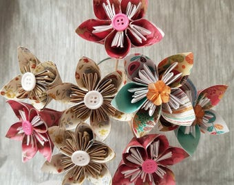 Shabby Chic - Small and Large Paper Flowers - Delicate floral paper with 4 individual flowers