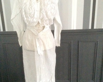 Antique 1900 white day dress