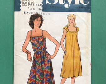 Style 2698 Retro Vintage 1970's Flared Sun Dress Cami Strap Crossover Strap Pull-On Dress Sewing Pattern Size 10 Bust 83 cm