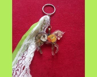 Unicorn with real flowers! Key Ring!