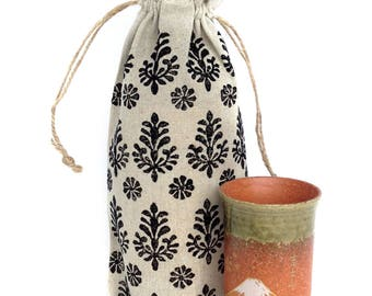 Wine tote Wine carrier Linen gifts Floral print Flower print Small tote bag House warming gift Wine bag Linen bag Wine gift Wine tote