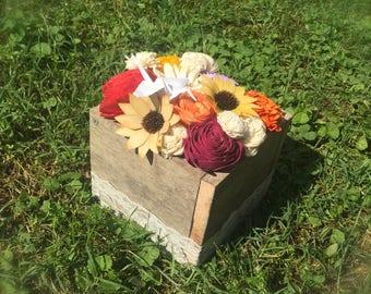 Medium Sola Wood Flower Centerpiece