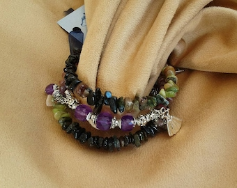 Bracelet with tourmaline, Garnet and Amethyst