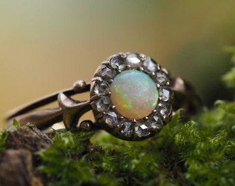 Antiker Opalring Diamanten, Viktorianische Ära um 1880, 585er Roségold, Ringgröße DE 55.5 / 17.6 mm