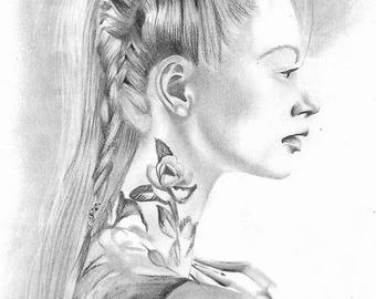 Portrait | Femme stylé coiffure tatouages