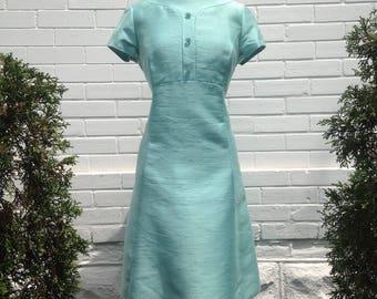Vintage 1960s Jackie O Dress in Mint