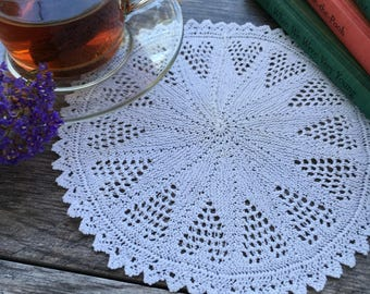 Medium Vintage Knitted Star Lace Doily