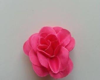 fleur  en tissu rose fuchsia  40mm