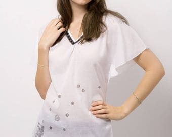 Sophie white top with pattern T40