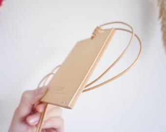 Myrrh leather | Biscuit card holder | Handmade seamless card holder  | Minimalism