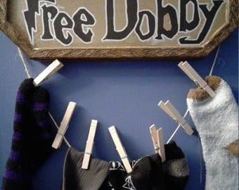 Harry Potter saves Dobby with a sock