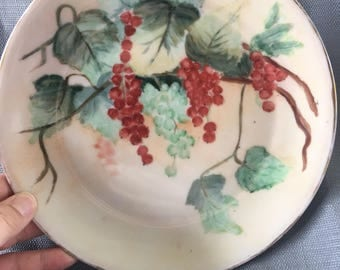 Gorgeous Antique Bavaria Hand Painted Ivy And Red-Currant Berries Plate With Gold Trim