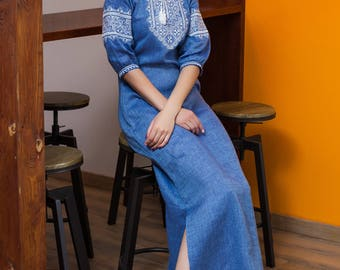 Clothing gift / Jeans long dress made of natural linen with Ukrainian embroidery