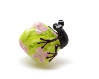 Lampwork bead - frog - single bead - flower