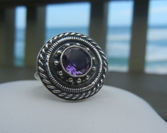 Vintage sterling silver and amethyst Bali ring size 7.  Silver and amethyst ring.  Silver and amethyst Bali ring.  Amethyst ring.