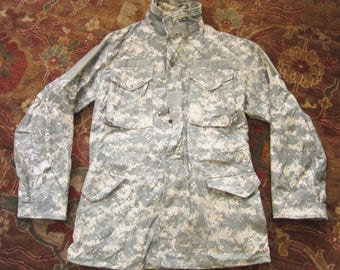Small M65 Army Digital Camo Field Jacket / Cold Weather Universal Pattern, US Military, M-65, Camouflage Desert