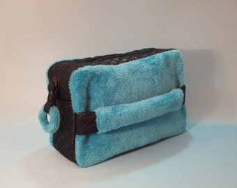 Pochette, Make-up Bag, Gift for Her, Gift Idea,  Blue Pochette, Blue Make-up Bag, Gift for Women, Ecological fur pochette, Blue Clutch bag
