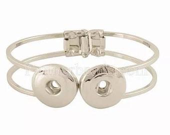 Two snap bracelet